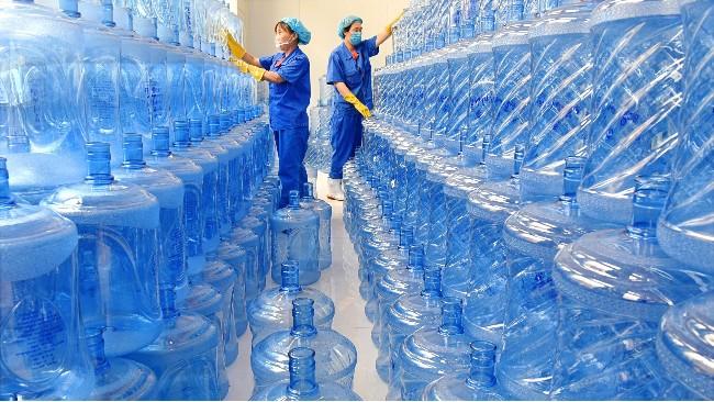 教你如何辨别纯净水桶的质量好坏