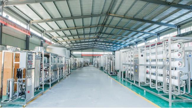反渗透设备管路材质PVC和不锈钢选哪种材质好