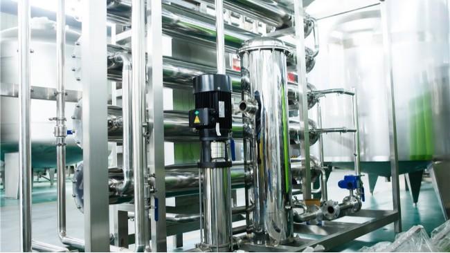 为什么要定期冲洗锅炉软化水设备