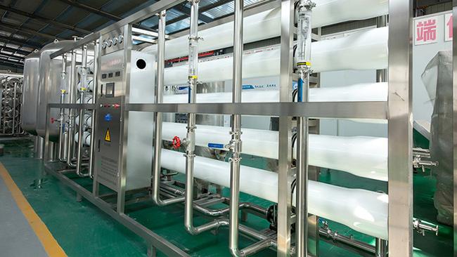 解析使用纯净水处理设备时需要注意的事项
